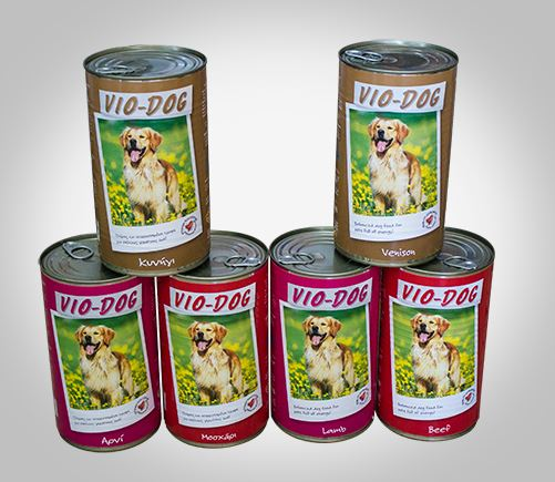 Vio-Dog canned food for adult dogs.